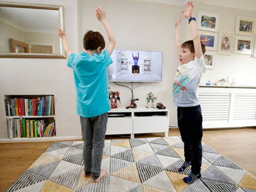 Movimento-in-casa-bambini