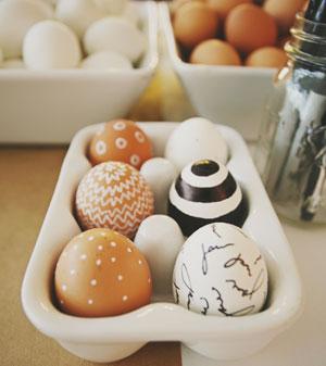Come decorare la tavola pasquale feste bambinopoli - Decori pasquali per la casa ...